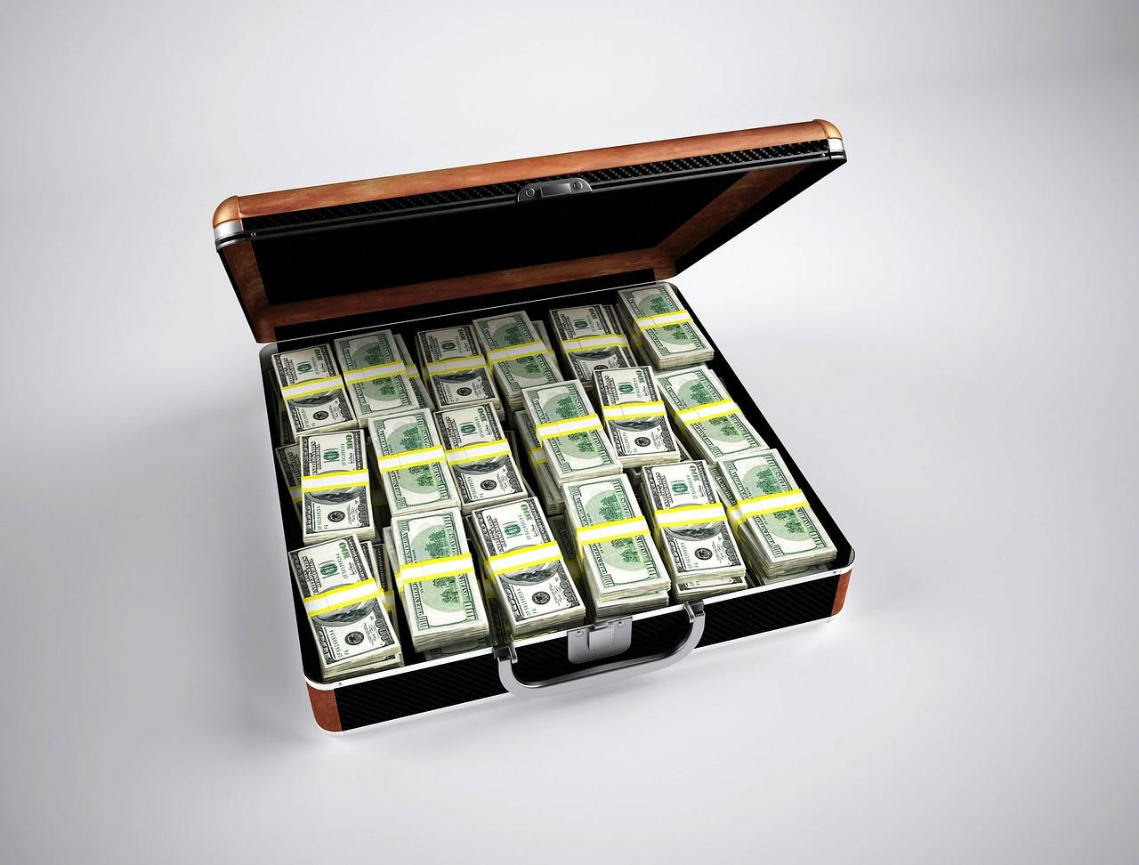 dolary v kufříku